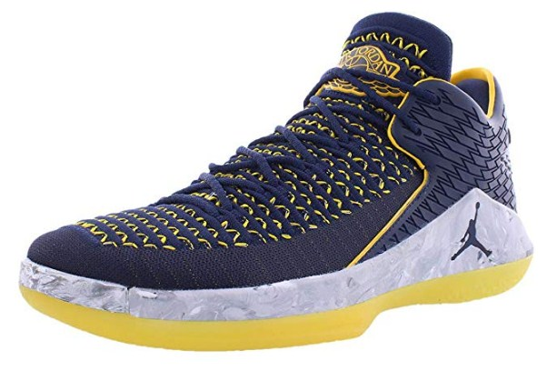 Air Jordan XXXII 32 Low Michigan Wolverines Basketball Shoes